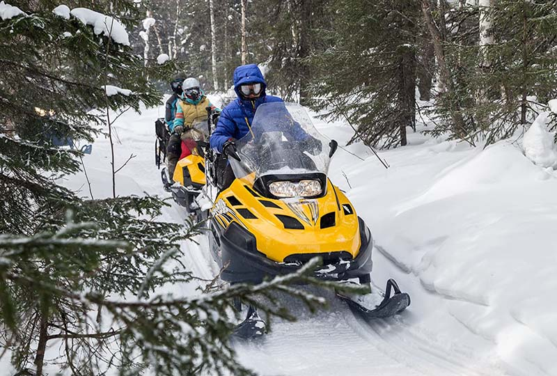 snowmobile in Mont Tremblant